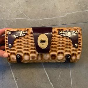Adorable Kate Spade Straw Clutch!